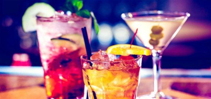 Скидка на кухню, безалкогольные напитки, коктейльную карту и на вход в будние дни для двоих в Lounge karaoke bar GoldenHit
