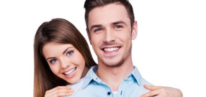 Встановлення фотополімерних пломб на 1 або 2 зуба + лікування глибокого карієсу в стоматології «Три В»!