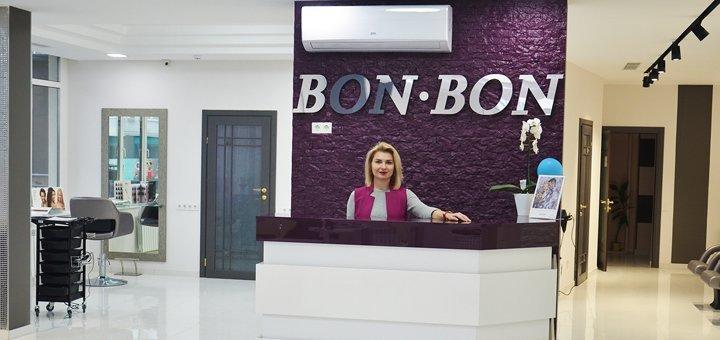 Коррекция и окрашивание бровей хной, маникюр  с покрытием гель-лаком от салона красоты «BonBon»